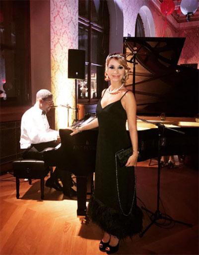 У рояля Ольга Орлова
