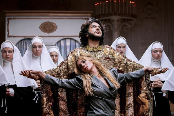 Главную роль в клипе сыграла Екатерина Варнава