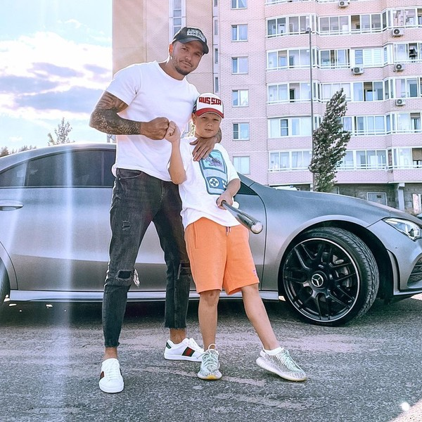 Gusev, according to Evgenia, rarely takes part in raising his son