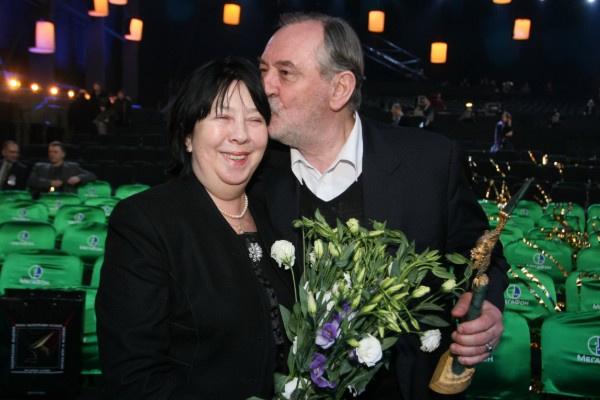 Супруга тяжело переживала уход Богдана Ступки, с которым прожила 45 лет