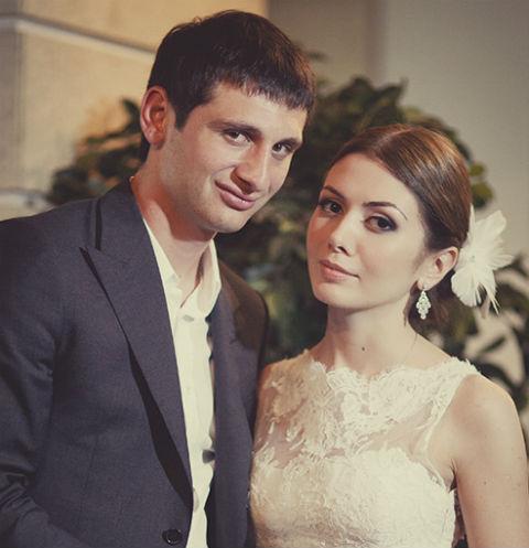 Алан Дзагоев с супругой Заремой