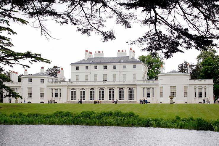 Резиденция супругов располагается недалеко от Лондона