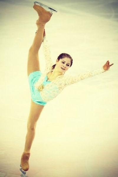Юная фигуристка хочет досрочно окончить школу, чтобы занятиям спортом ей ничего не могла помешатьЮная фигуристка хочет досрочно окончить школу, чтобы занятиям спортом ей ничего не могло помешать