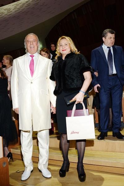 Резник с супругой благодарны Пугачевой