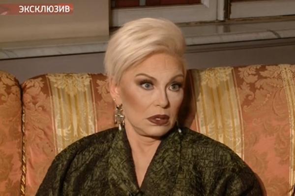Ирина Понаровская посвящает себя заботе о внуках