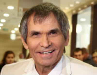 Бари Алибасов живет с Никитой Джигурдой
