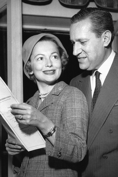 Вторым мужем актрисы стал французский журналист Пьер Галанте