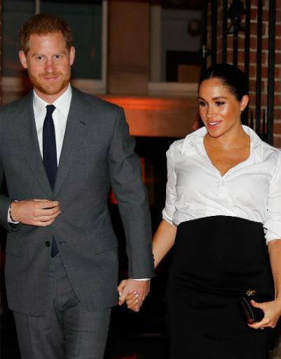 На светских мероприятиях Гарри обычно ни на шаг не отходит от жены