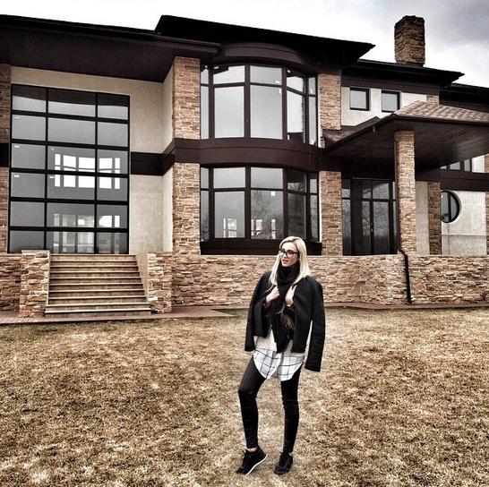 Новости: Ольга Бузова и Дмитрий Тарасов купили загородный дом – фото №2