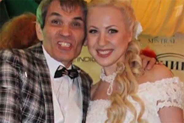 Бари Алибасов в день свадьбы с Викторией Максимовой