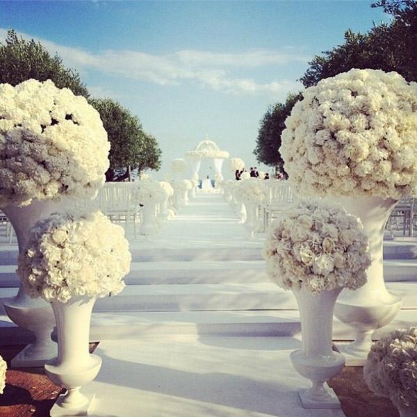 Шикарный декор места проведения свадьбы