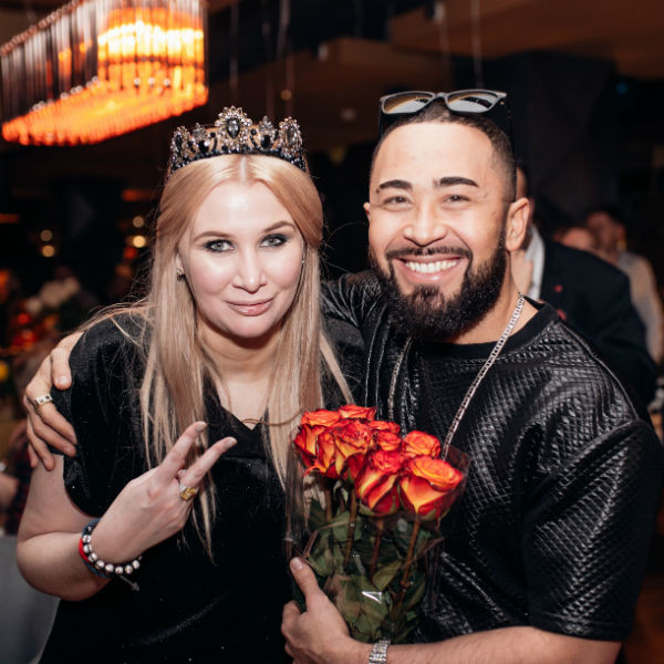 Диана Бичарова и Доктор Дил
