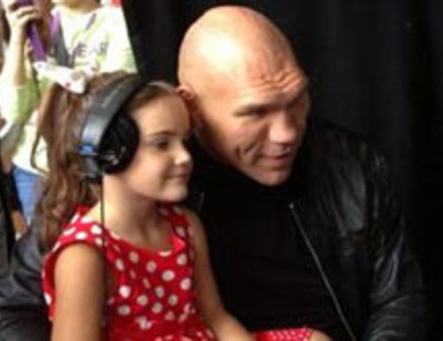 Николай Валуев хочет вырастить из дочери звезду