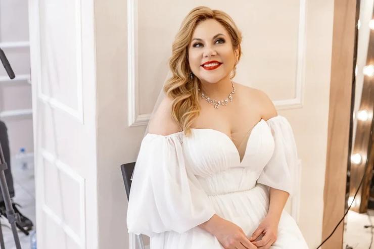 Актриса выбрала шикарное свадебное платье