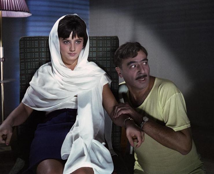 Варлей впервые снялась в кино у Гайдая