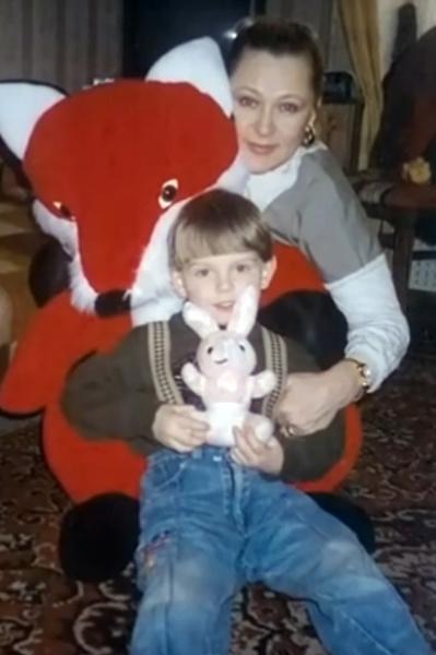 Раиса Рязанова обожала сына