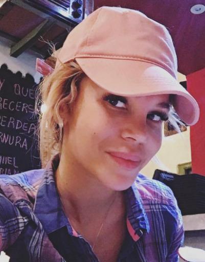 Екатерина Колисниченко прятала светлые волосы, так как боялась, что к ней будут приставать