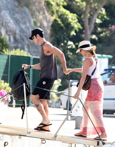 Джен и Джасти отдыхали на итальянском острове Капри