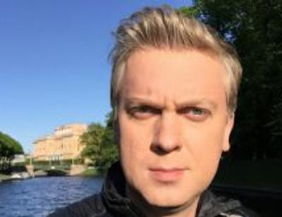 Сергей Светлаков сумел подружить дочь с новой женой