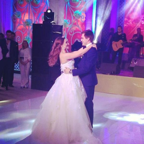 Анастасия Винокур отпраздновала свадьбу вместе со звездами ... бритни спирс инстаграм