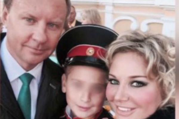Денис Вороненков с Марией Максаковой и ее сыном Ильей