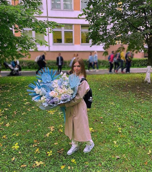Дочь Кати Жужи — Николь