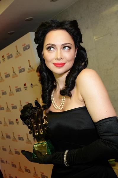Настасья даже получила статуэтку одной из музыкальных премий