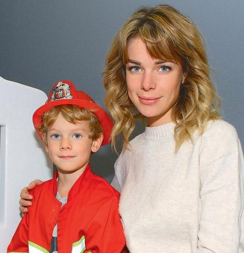 На канале СТС 20 ноября стартует сериал «Психологини», в котором мама Вани сыграла главную роль