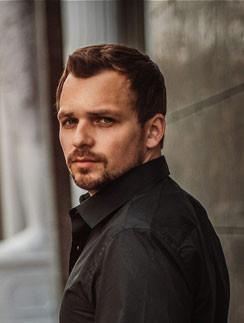 Алексей Янин