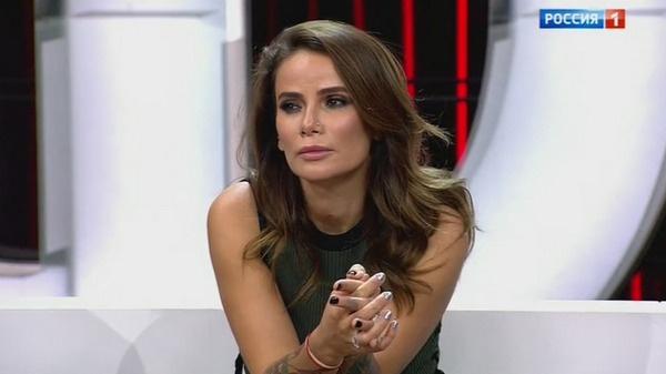 Айза Анохина поддержала Евгения Осина