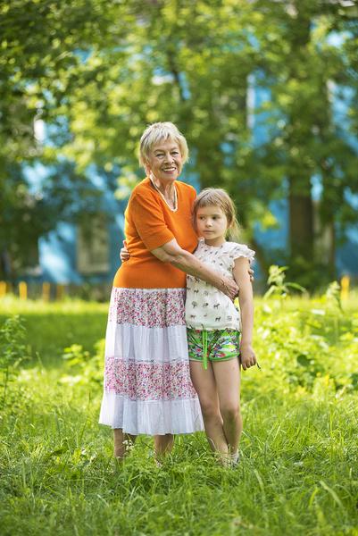 Смерть мужей и сына, опекунство над осиротевшей внучкой, болезнь легких. Драмы Александры Назаровой