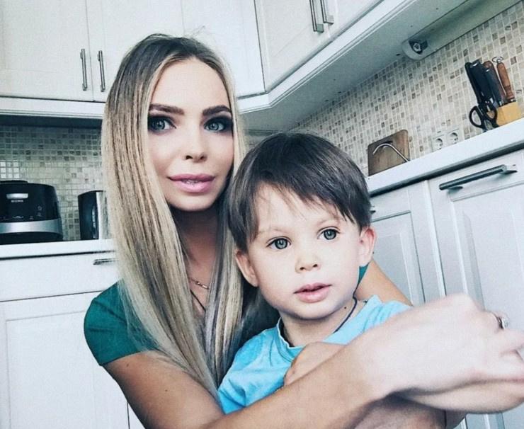 Наталия Горчакова с сыном Петей