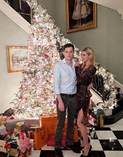 Ники Хилтон с мужем Джеймсом Ротшильдом