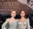 Анджелина Джоли с детьми и Эль Фаннинг на премьере новой «Малефисенты» в Лондоне