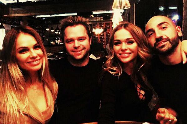 Ирина Маирко и Виталий Гогунский на ужине с Анной Хилькевич и ее супругом Артуром Волковым