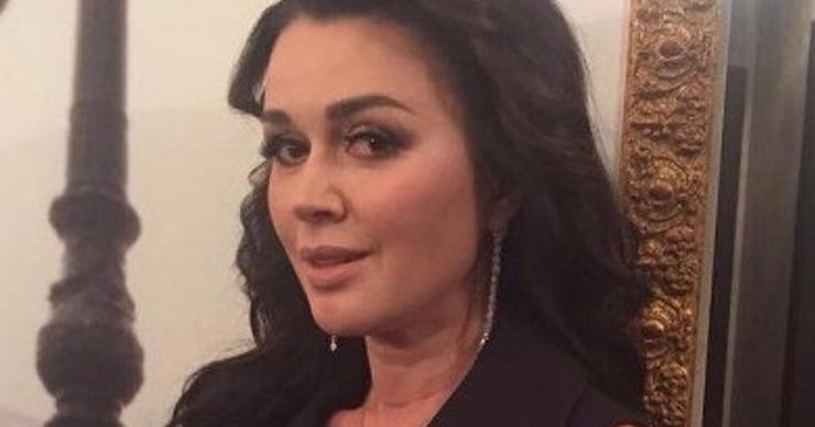Анастасия Заворотнюк избежала банкротства