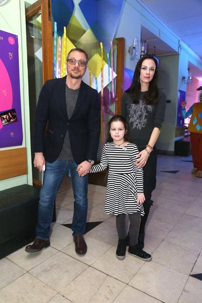 Бросил дочь, страдал от алкоголизма, избил Анастасию Макееву – за что осуждают Алексея Макарова