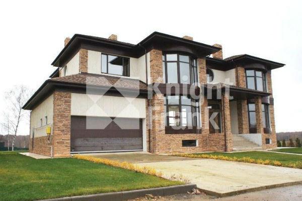 Дмитрий продает дом за 78 миллионов