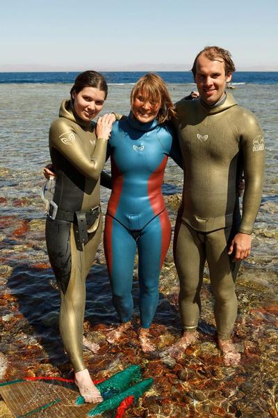 Наталья Молчанова с сыном и дочерью