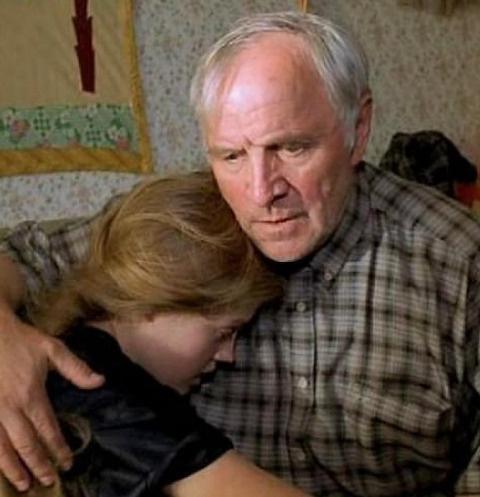 Герой Михаила Ульянова с внучкой