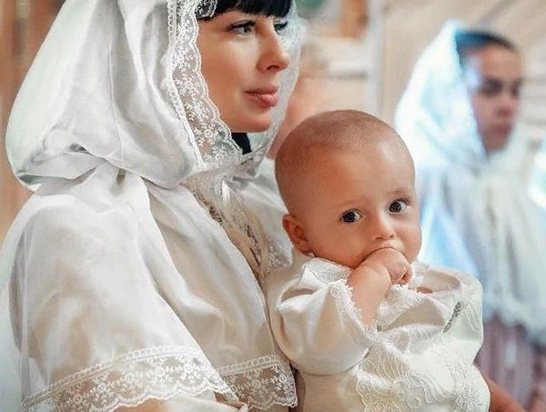 Нелли Ермолаева и ее сын Мирон