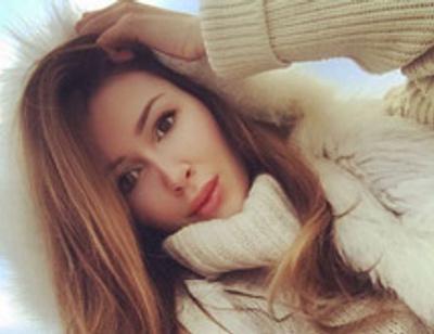 Дочь Анастасии Заворотнюк вернулась в Россию