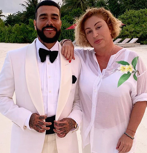 «Он уже женат на маме»: пользователи Сети назвали виновницу в разрыве Тимати и Решетовой