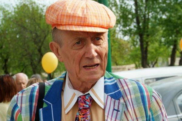 Евгений Евтушенко жил несколько лет в США