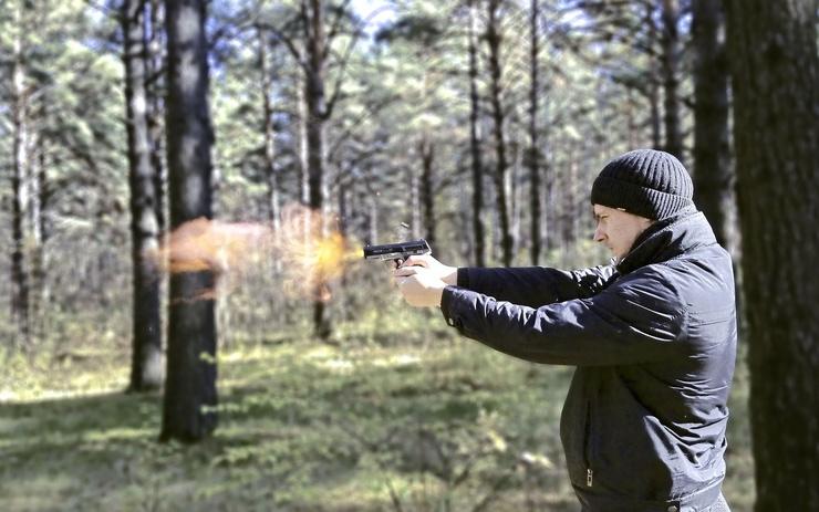 Стрелок обладал навыками ведения боя