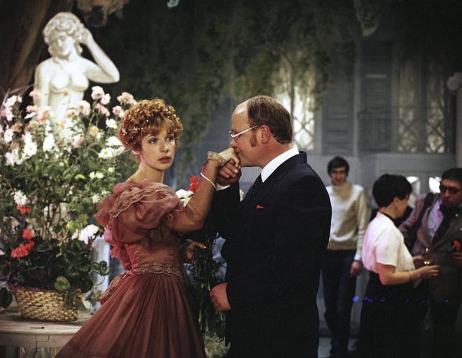 В картине Аллы Суриковой Вера Глаголева сыграла роль актрисы