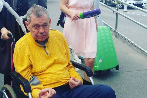Николай Караченцов борется за жизнь