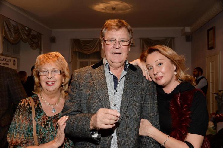 Голобородько живет в браке с женой уже 60 лет, у пары есть дочь Оксана