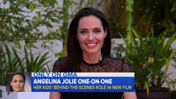 Анджелина Джоли подала на развод с Брэдом Питтом в сентябре прошлого года