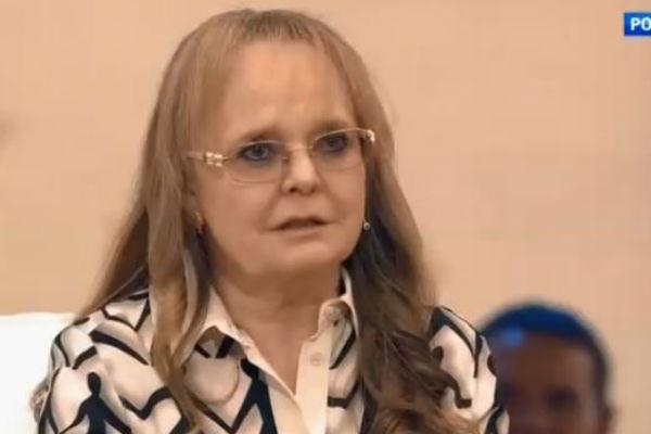 Наталия Николаевна тяжело переживает уход родных